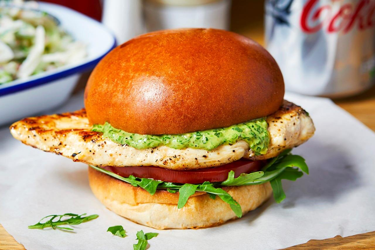 chicken burger with pesto mayo